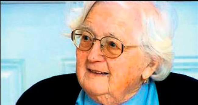 91 yaşında doktora...