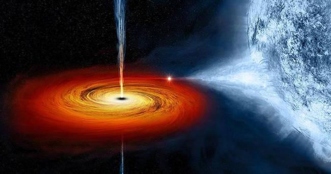 Bin Güneş parlaklığında ışık yayan kara delik görüntülendi