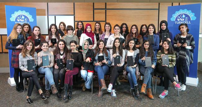Turkcell'den Kardelenler'e dijital dönüşüm desteği