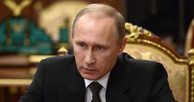 Putin: Suriye operasyonları Rus ordusu için iyi bir eğitim ve sınav oldu