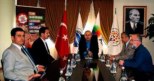 Bakan Çavuşoğlu EXPO'yu gezdi