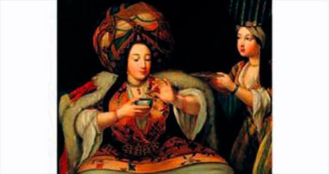 Müzede kahve üzerine sohbet
