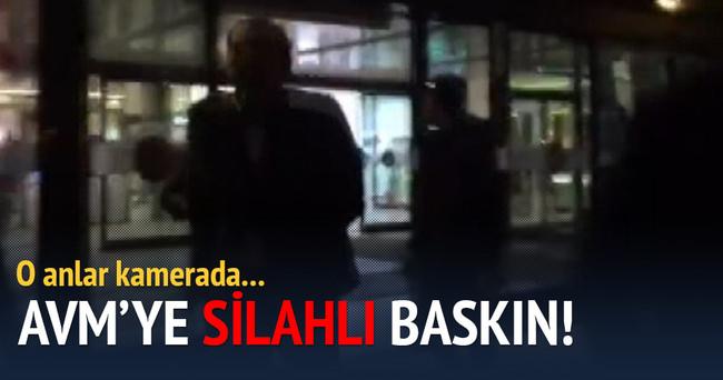 Diyarbakır'da AVM'ye silahlı baskın