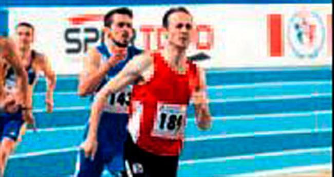 Yavuz Can 400 metrede yarı finale kaldı