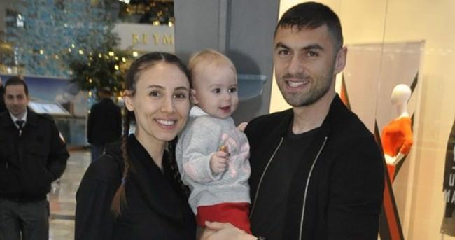 Burak Yılmaz ailesiyle hasret giderdi