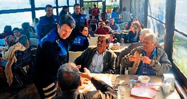 Adana polisinden sosyal etkinlikler
