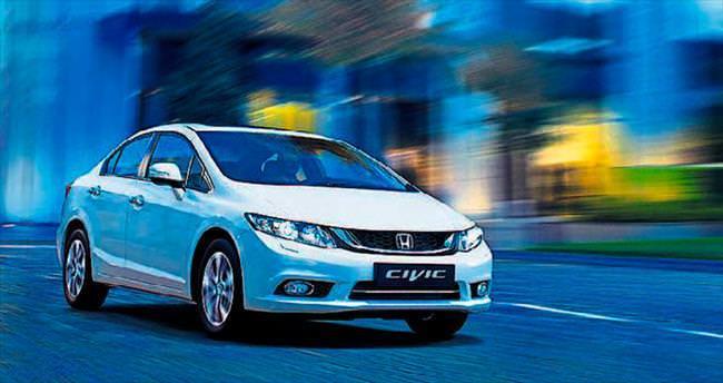 Civic sedanlar daha lüks ve daha teknolojik