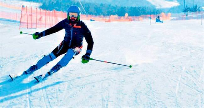 Tan'ın kayak keyfi