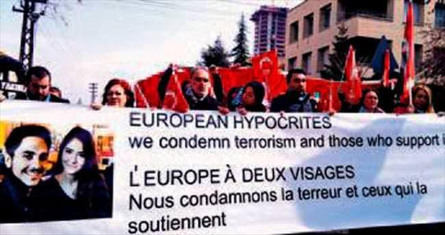 Belçika Büyükelçiliği önünde 'çadır' protestosu