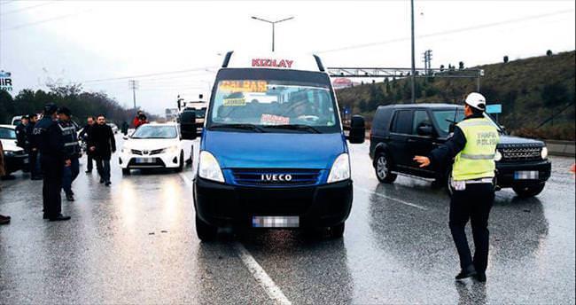 Son iki günde 22 bin kişi 10 bin araç sorgulandı