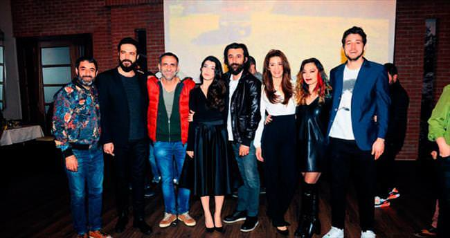 Oyuncuları, 'Kehribar'ın ilk bölümünü birlikte izledi
