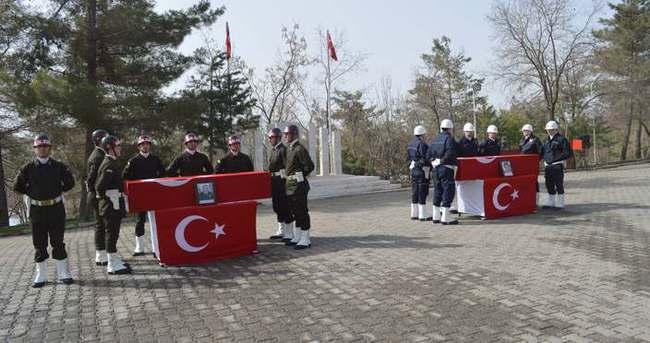 Şırnak'ta şehitler için tören düzenleniyor