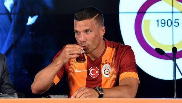 Podolski Türkiye'den ayrılıyor mu?