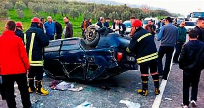 Otomobil takla attı beş kişi yaralandı