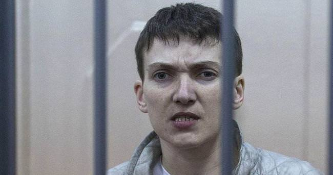 Ukrayna Milletvekili Savçenko'ya 22 yıl hapis cezası