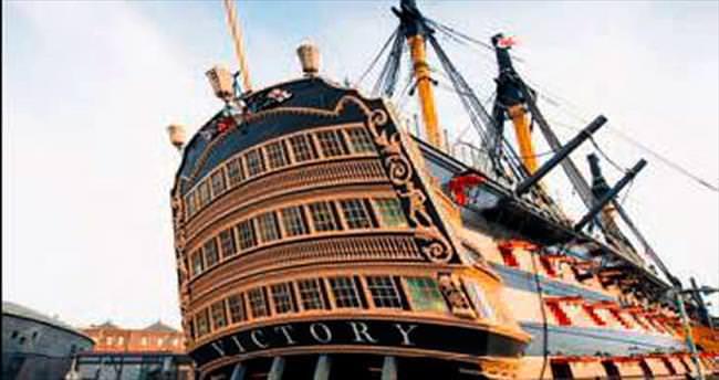 Amiral Nelson'un gemisi ziyarete açıldı