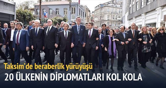 İstanbul'dan teröre karşı tek ses