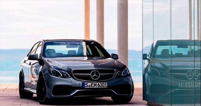 4.926 TL taksitle Mercedes E-Serisi