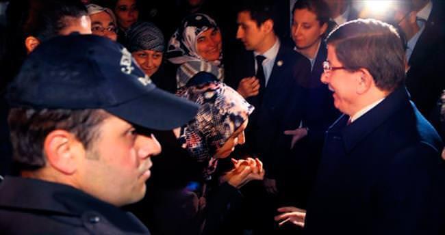 Kızılcahamam'dan Başbakan Davutoğlu geçti