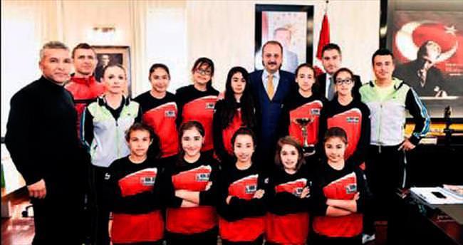 Futsal takımından 'şampiyonluk' sözü