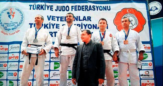Çubuklu sporcudan Türkiye 3'üncülüğü