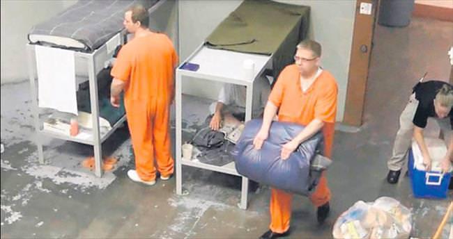 Reyting için hapse girdiler