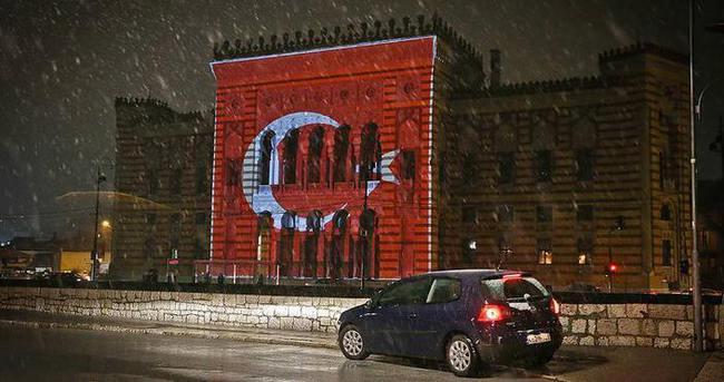 Başbakan Davutoğlu'ndan Bosna Hersek'e teşekkür