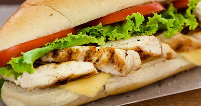 Tavuk Etli Sandviç Nasıl Yapılır?