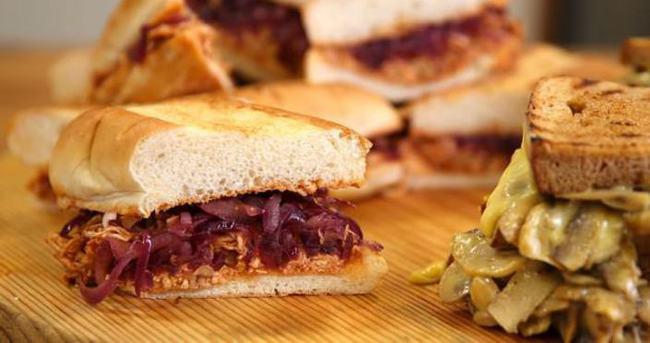 Tavuklu Islak Sandviç Nasıl Yapılır?