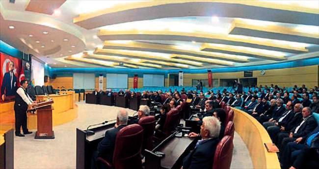 Başkan ve siyasiler Tarsus için toplandı