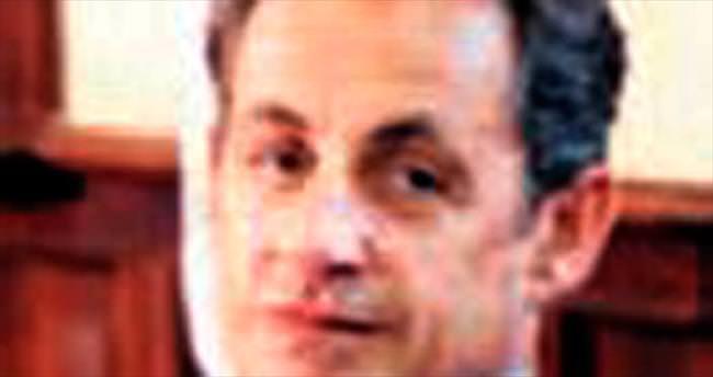 Sarkozy: Yeni Avrupa kuralım