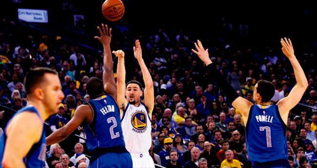 Currygiller NBA'de üçlük rekorunu da kırıverdiler