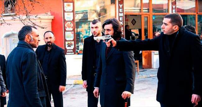Gürkan Uygun'un türküsü geceye damga vurdu