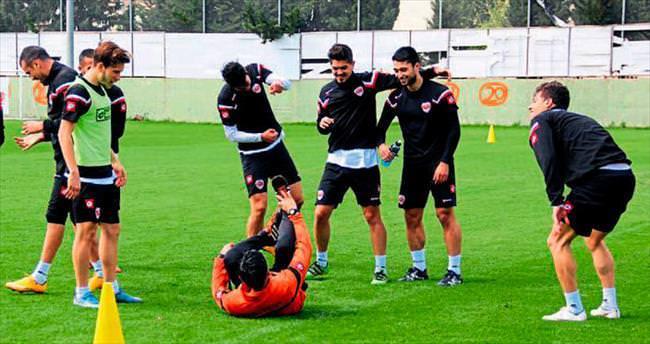 Adanaspor neşelİ