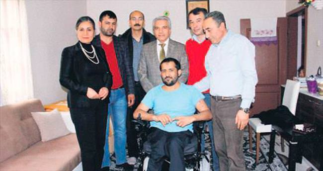 Akülü sandalyeyle Mehmet artık özgür