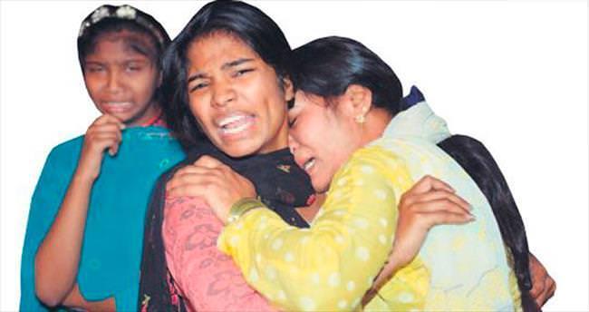Pakistan'da lunaparka bomba: 63 ölü