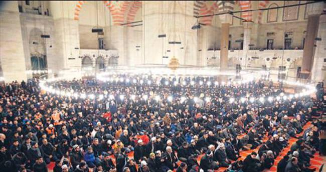 Süleymaniye'de anlamlı sabah