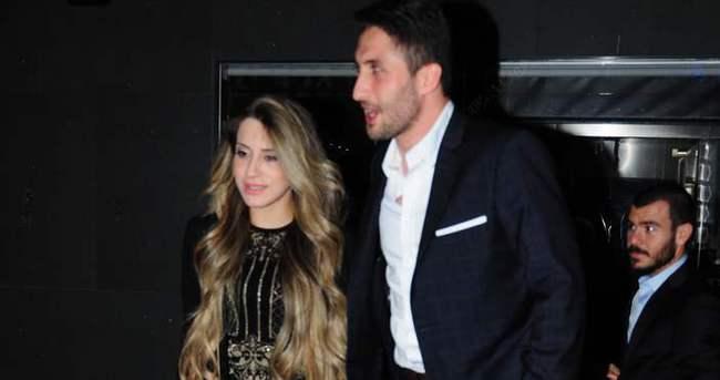 Sabri Sarıoğlu eşi için yine kesenin ağzını açtı