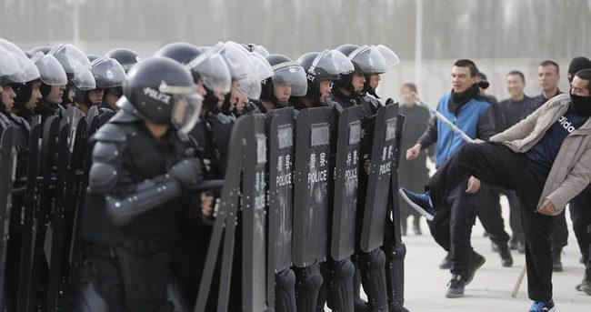 Şincan'da 41 Uygur gözaltına alındı