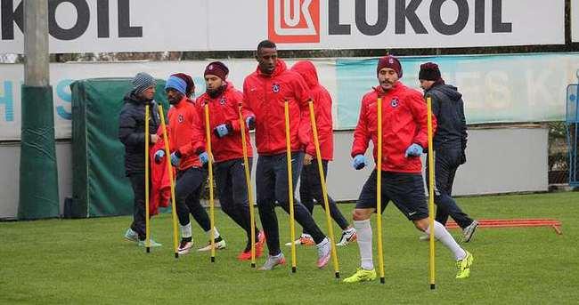 Trabzonspor yağmurda çalıştı