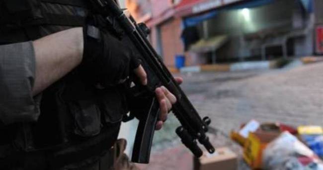 Hakkari'de PKK'ya katılmak isteyen 3 kişi yakalandı