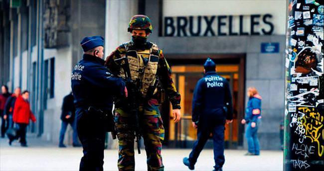 Avrupa'da terör operasyonları yayılıyor