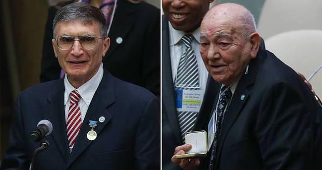 Uluslararası Türk Akademisi'nden Sancar ve Karpat'a ödül