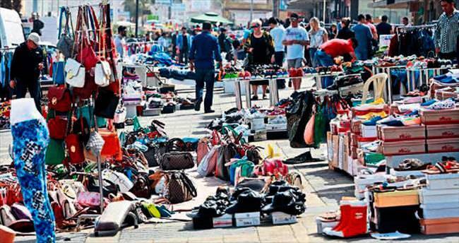 Sokak pazarında İranlı bereketi