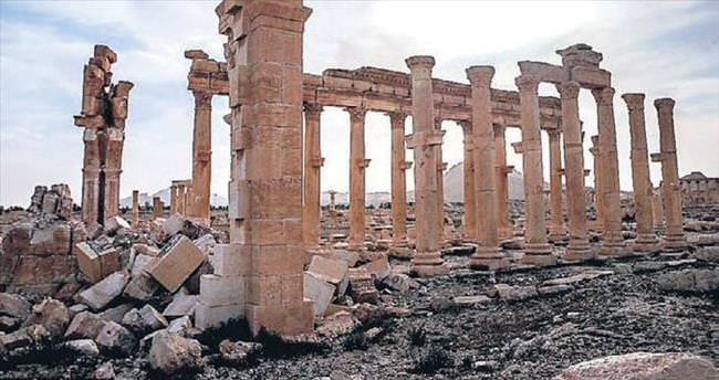 Palmira'nın yüzde 80'i ayakta