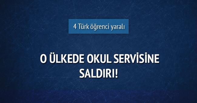 Okul servisine saldırı: 4 Türk öğrenci yaralandı