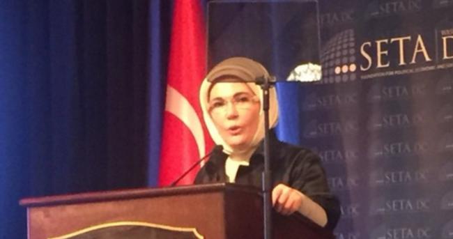 Emine Erdoğan: Ölenler Suriyeli olduğu için...
