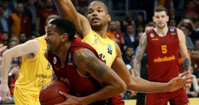 Galatasaray'dan finale dev adım