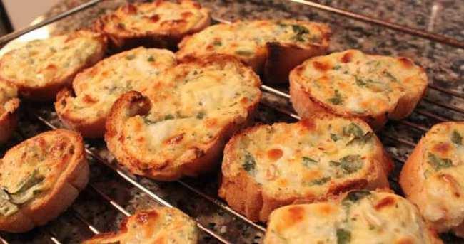 Mantarlı Ekmek Dilimleri Nasıl Yapılır?