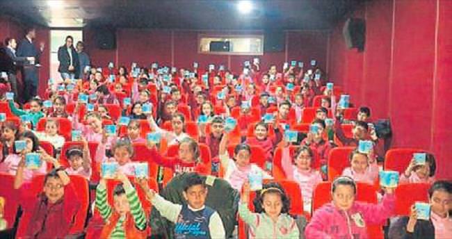 Sandıklı'da sinema keyfi yaşanıyor